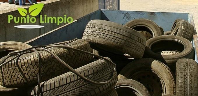 Neumáticos en el punto limpio