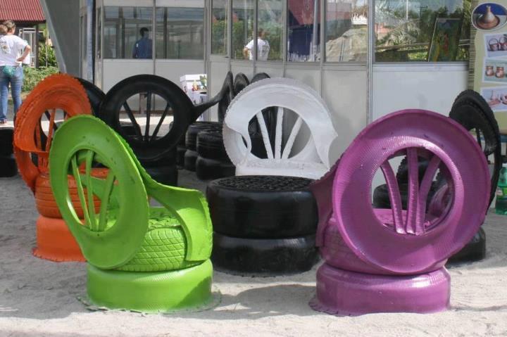 unos-originales-sillones-fuentetamara-meger