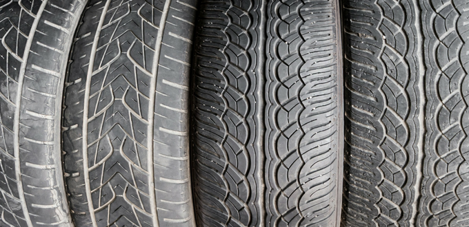 ¿Es posible recauchutar un neumático de coche?