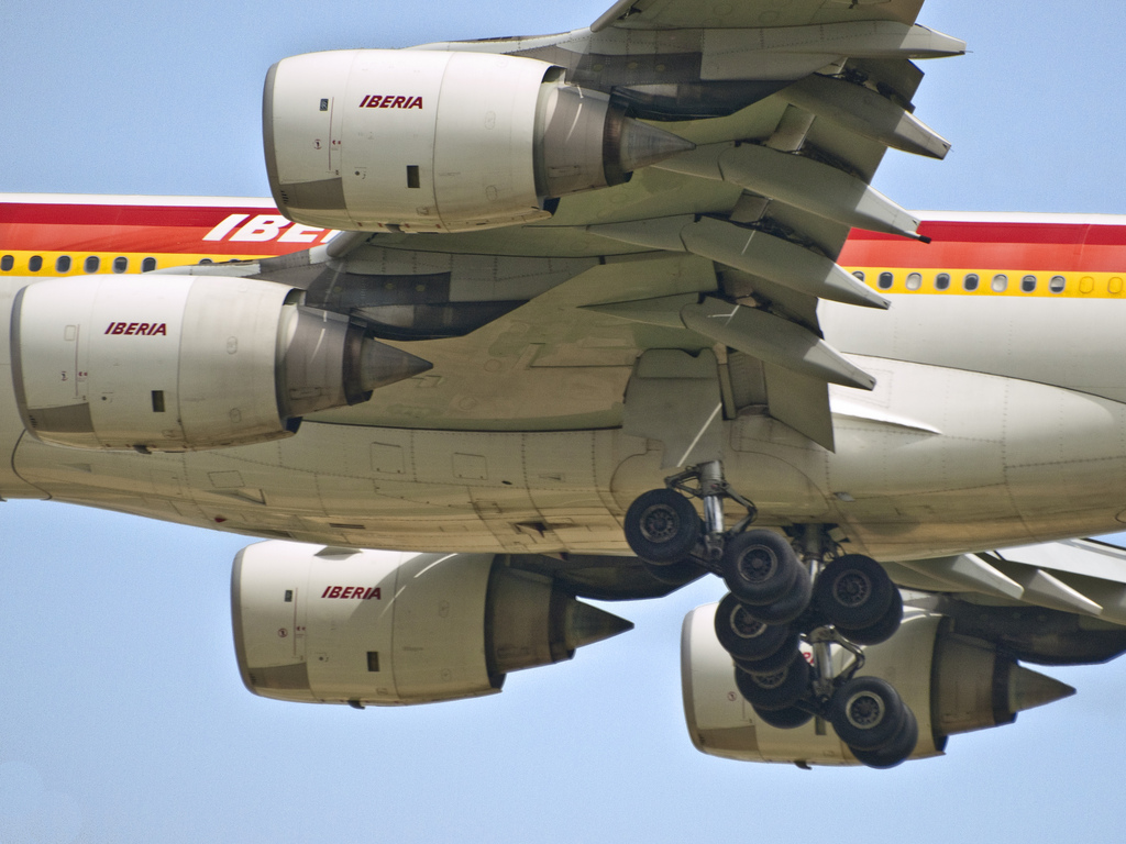 Neumáticos de avión en pago por uso