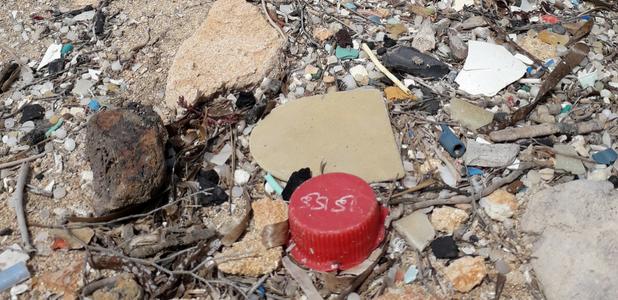 Más plásticos que peces en el mar