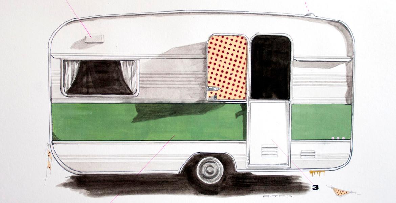 La mujer que pinta vehículos y ruedas para atrapar nuestros recuerdos