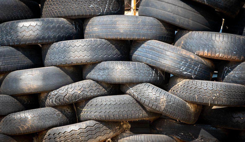Comprar neumáticos al mejor precio ¿sirven los comparadores online?