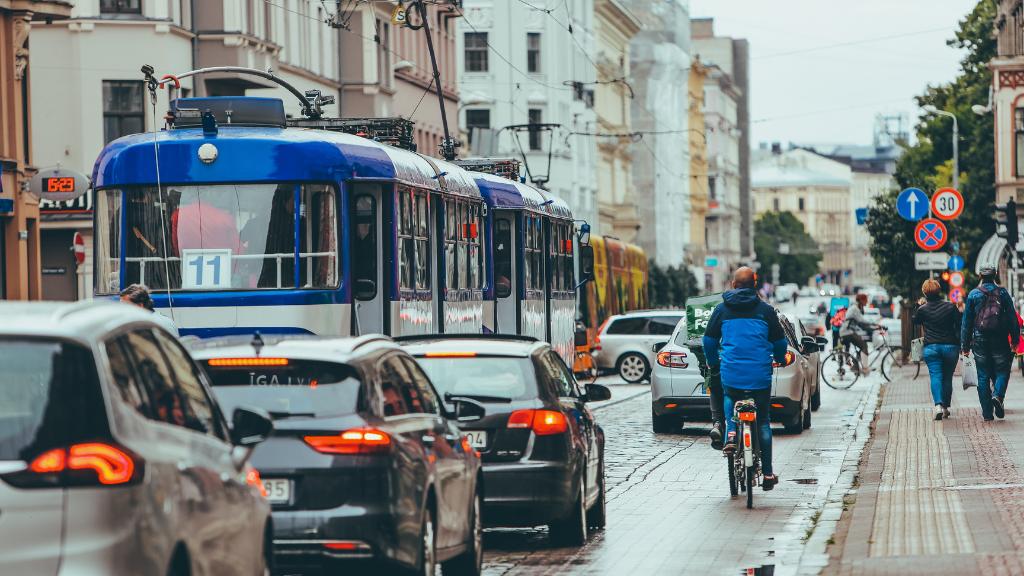 Las ciudades de más de 50000 habitantes tendran zonas de bajas emisiones