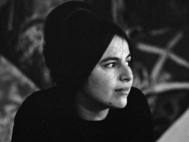 Eva Hesse, la artista que reutilizaba desechos para denunciar machismos