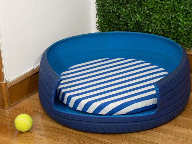 Así se hace una cama para mascotas con un neumático